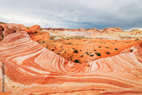 Obraz na dibondzie (fotoboard) niesamowite kształty piaskowca w dolinie ognia park narodowy, nevada