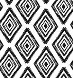 Ręcznie rysowane bezszwowe kształty diamentów wzór w kolorze czarnym i kremowym. Nowoczesna tkanina, grafika ścienna, papier do pakowania, projektowanie tapet. - 175926851