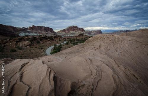 Papiers peints Cappuccino A road through Utah's red rock desert. Capital Reef National Park