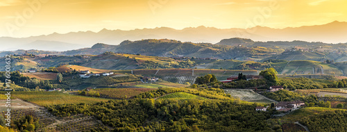 Fotografiet  wide panorama of Langhe region in northern italy, on autumn,unes