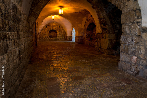 Fototapeten Schmale Gasse Interior of the King David's Tomb in Jerusalem, Israel