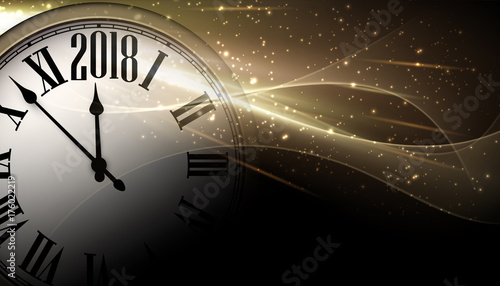 Montage in der Fensternische Abstrakte Welle Golden 2018 New Year clock background.