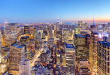 Fototapeta Nowy Jork - New York City Midtown with Empire State Building at Amazing Sunset