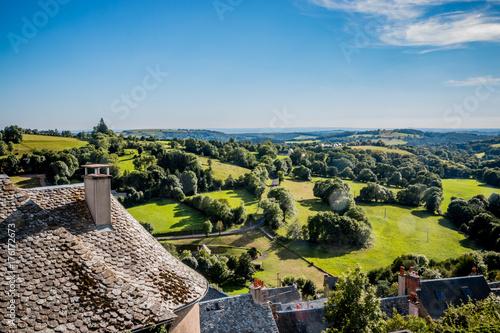 Fotografie, Obraz  Vue sur la campagne et le village de Laguiole