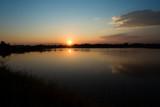 Fototapeta Sypialnia - sunset on the lake.