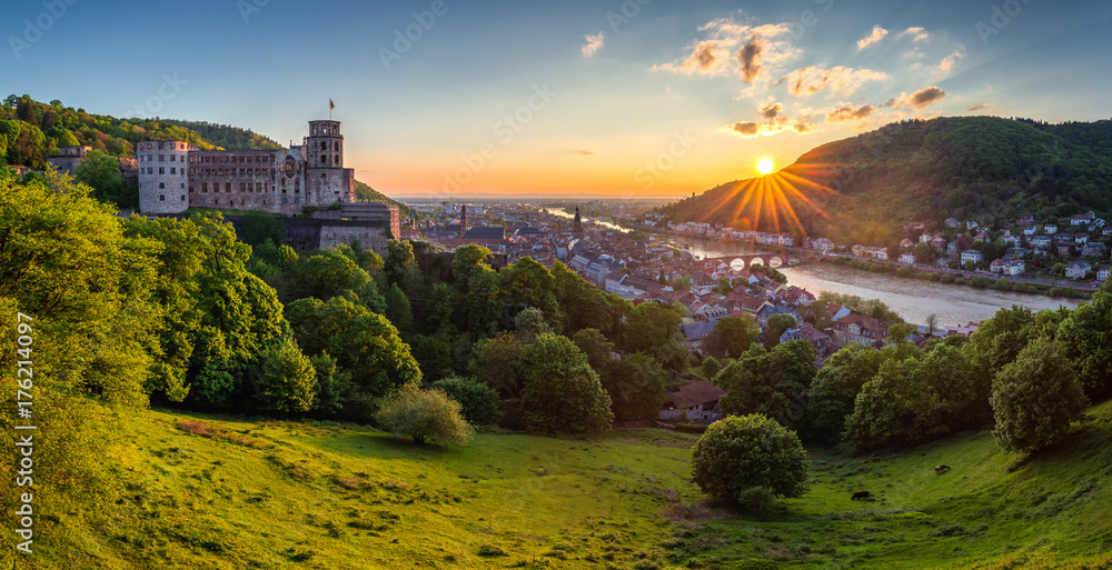 Fototapety, obrazy: View on Heidelberg in autumn with red foliage including Carl Theodor Old Bridge, Neckar river, Church of the Holy Spirit, Germany