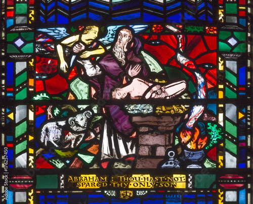 LONDON, GREAT BRITAIN - SEPTEMBER 16, 2017: The stained glass of Abraham Offers Isaac on Mt. Moriah  in church St Etheldreda by Charles Blakeman (1953 - 1953). Fotomurales