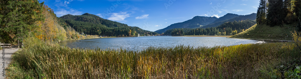 Fototapety, obrazy: Panoramic image of Lake Spitzingsee in the Bavarian Alps