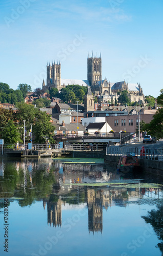 Fotografia  Lincoln Cathedral and Brayford waterfront
