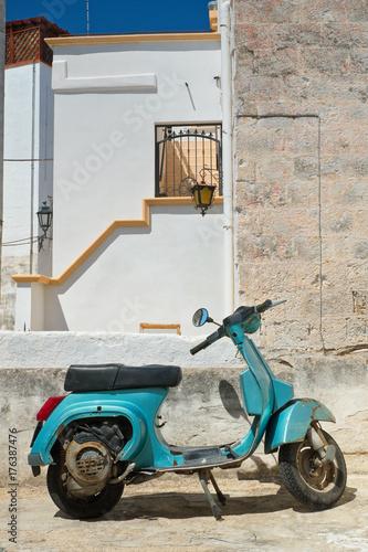 Fotografie, Tablou Alleyway. Massafra. Puglia. Italy.