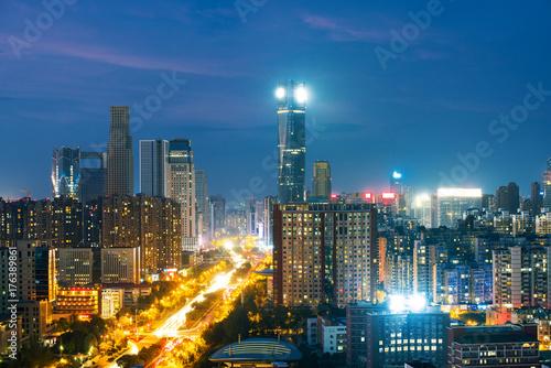 Zdjęcie XXL panoramiczny widok Szanghaju panoramę rzeki huangpu o zmierzchu