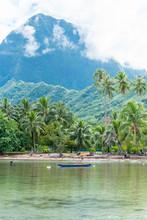Moorea In Polynesia, Beaut...