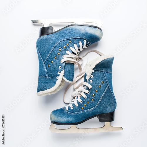 Photo  Old women's skates on a white background