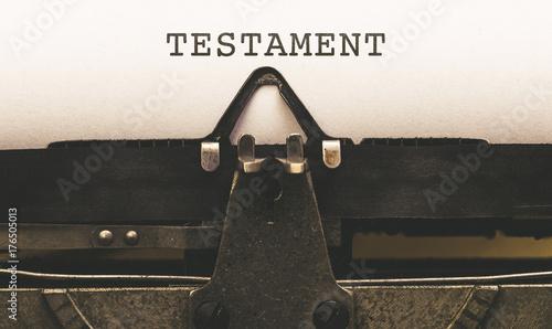 Testament, Text auf Papier in alter Schreibmaschine Tableau sur Toile