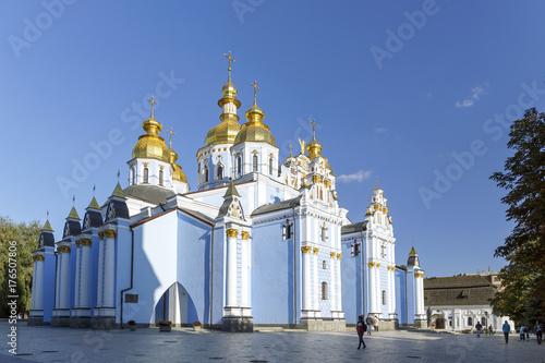 Foto op Plexiglas Kiev St. Michael's Golden-Domed Cathedral, Kiev