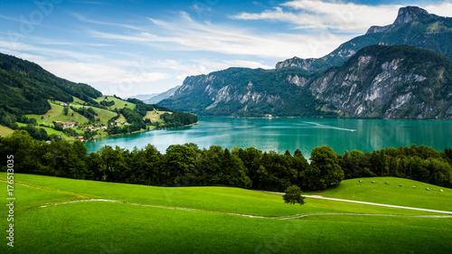 Obraz na płótnie Mondsee z powietrza