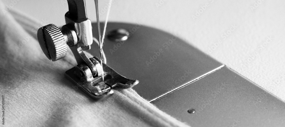Fototapety, obrazy: Close-up detail of the sewing machine