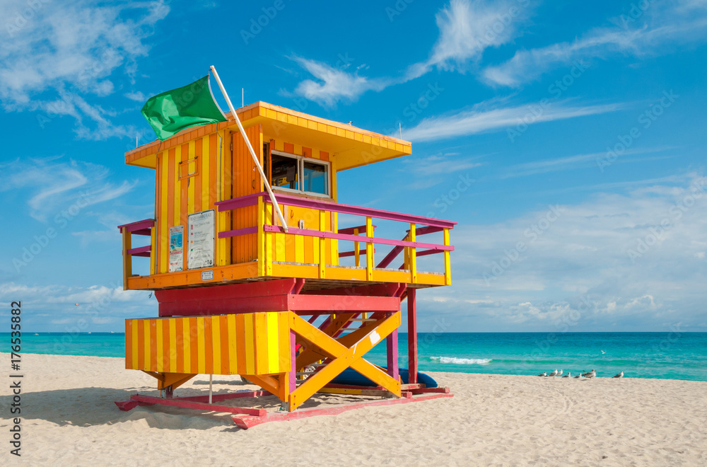 Fototapety, obrazy: Lifeguard Tower in South Beach, Miami Beach, Florida