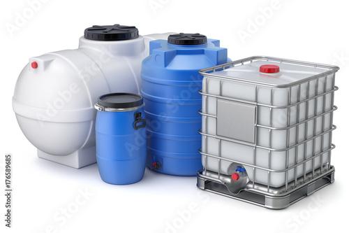 Fotografia  Plastic water storage tanks