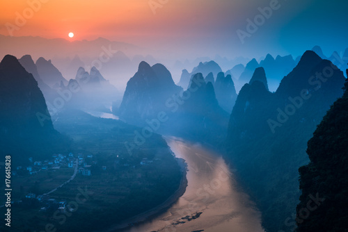 Photo sur Aluminium Colline Xianggong Hill, Guilin