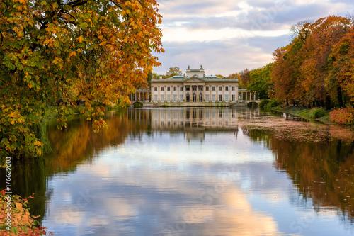 Autumn Palace Pałac Na Wyspie łazienki Królewskie Buy