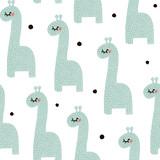 Bezszwowy wzór z śliczną dziecko żyrafą. Dziecinna tekstura w minimalistycznym stylu. Świetny do tkanin, ilustracji wektorowych włókienniczych - 176633045