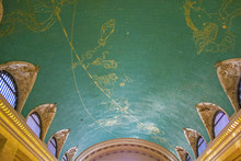 Star Sign Painted At The Ceiling Of Grand Central In New York