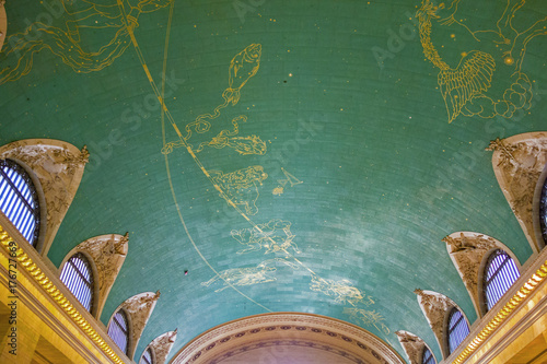 star sign painted at the ceiling of Grand Central in New York Canvas Print