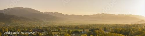 In de dag Toscane Beautiful Pyrinees mountain landscape at the golden hour
