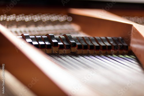 Plakat Szczegóły wewnątrz fortepianu