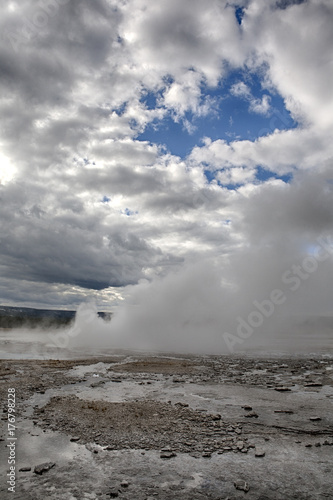 Fotografie, Obraz  Great Fountain Geyser in Yellowstone National Park