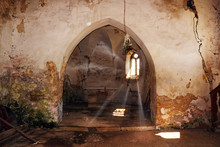 Rays Of Light In Abandoned Got...