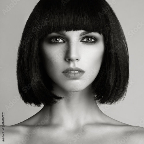 Photo  Beautiful woman with bob haircut