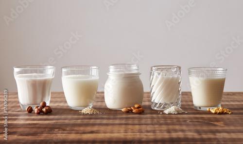 Different kinds of vegetal milk