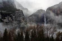 A Fog Rolls Over Upper Yosemit...