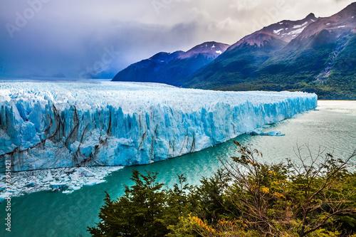 Poster Glaciers Stunning glacier Perito Moreno