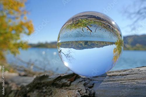 Fotografie, Obraz  wohlensee in kristallkugel, schweiz