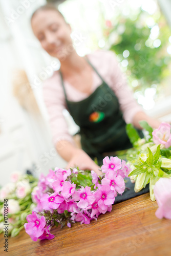 Fototapeta preparing to make a bouquet obraz na płótnie