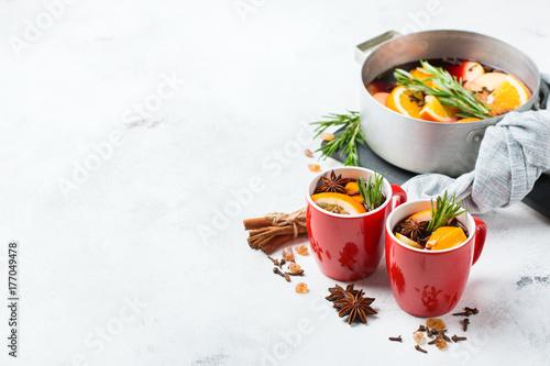 Spoed Foto op Canvas Chocolade Christmas hot drink, mulled wine ingredients