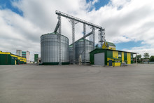 Large Steel Silos, Storage Of ...