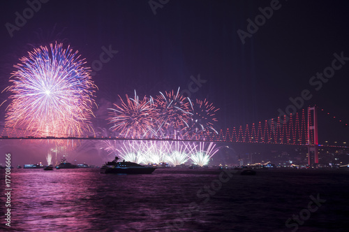 Photo  Fireworks over Istanbul Bosphorus during Turkish Republic Day celebrations
