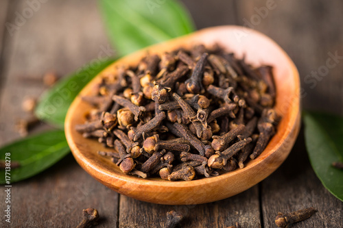 Cadres-photo bureau Graine, aromate Fresh cloves