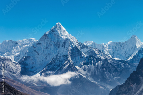 Slika na platnu Snowy mountains of the Himalayas