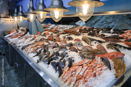 Spoed Foto op Canvas Vis Variety of sea fishes on the counter in a greek fish shop.