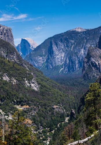 Photo Half Dome Rock and Yosemite Valley