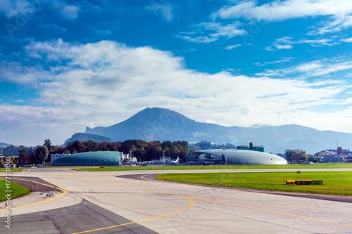 Obraz na plátně  Hangar 7
