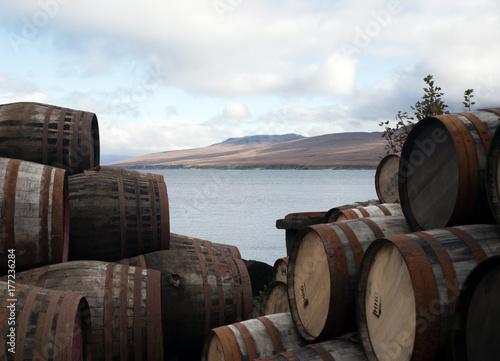 Whiskyfässer Fototapeta