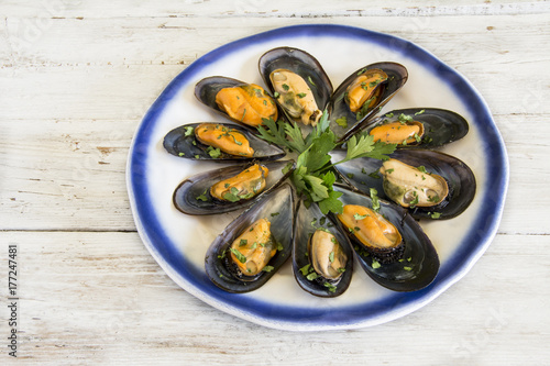 Fotografering  Mussels in the shell.