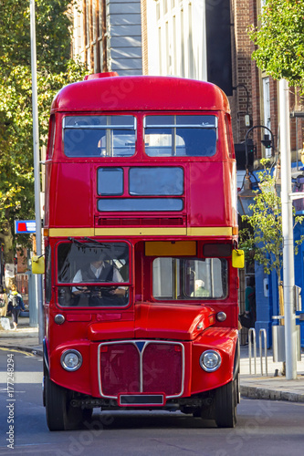 Photo  Double Decker bus