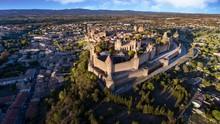 Vue Spectaculaire De La Cité De Carcassonne Et Son Chateau